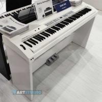 פסנתר חשמלי לבן, עם סטנד